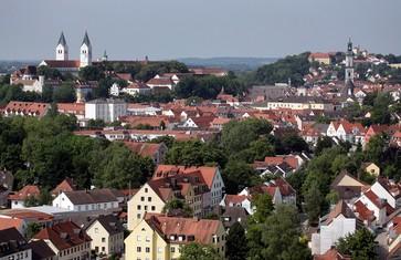 Silhoutte von der Stadt Freising