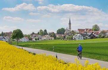 Radfahrer bei Wolfersdorf