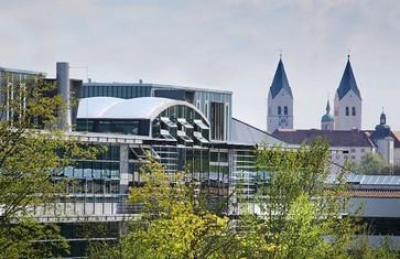 Campus Weihenstephan mit Freisinger Domberg