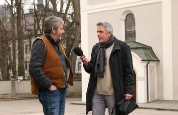 Radioreise Interview Alexander Tauscher mit Ritsch Ermeier vor dem Auer Schloss in Au i.d.Hallertau